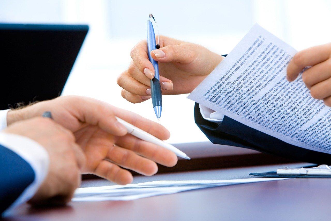 Laptop Office Hand Writing  - Aymanejed / Pixabay